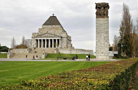 1024px-Melbourne_war_memorial