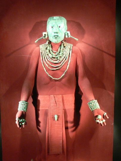 800px-Palenque_-_Grabschmuck_des_Pakal