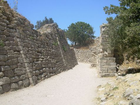 800px-Walls_of_Troy_(1)