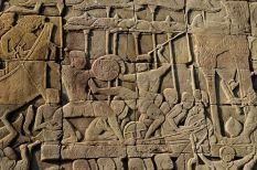 "Bas-relief ""Battle of Devas and Asuras"" Temple d' Angkor Wat dans la province de Siem_Reap, Cambodge."
