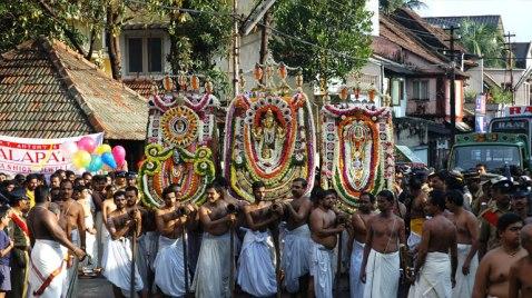 padmanabha_aarattu_large