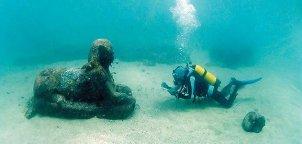 sphinx-Alexandria-harbor-631.jpg__800x600_q85_crop